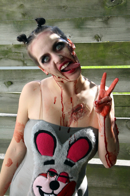 zombie-miley-cyrus-cosplay-2