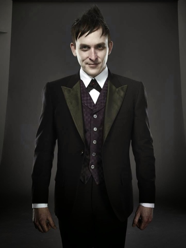 robin-lord-taylor-in-gotham