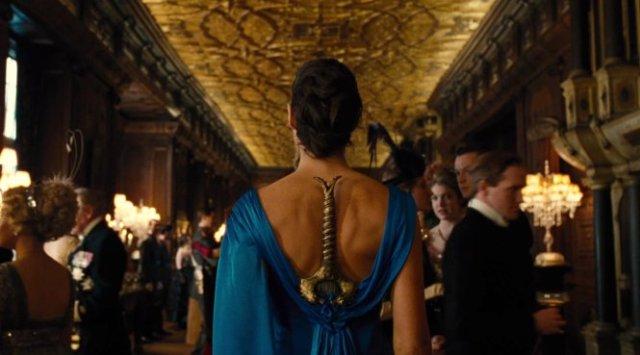 Wonder-Woman-Blue-Dress-Sword